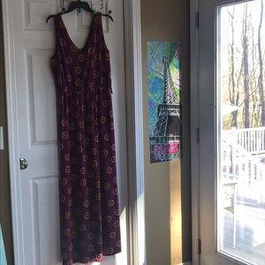 Beautiful NWT Nine Britton maxi dress L